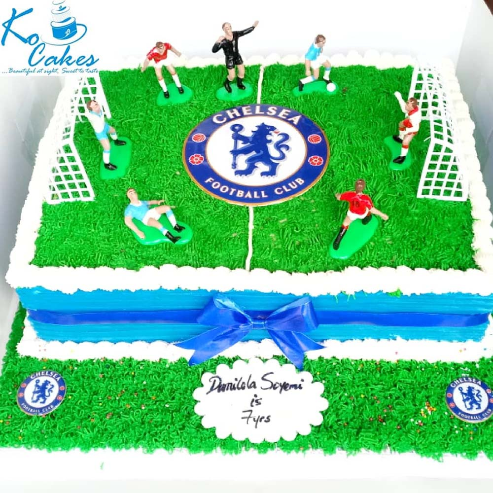 Strange Chelsea Football Field Birthday Cake Ko Cakes Confectionery Personalised Birthday Cards Veneteletsinfo